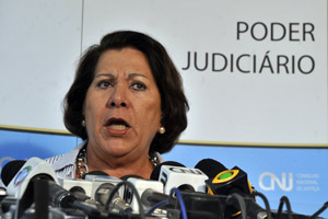 Eliana Calmon, corregedora do CNJ, defende investigação de magistrados.  Foto: José Cruz / Agência Brasil