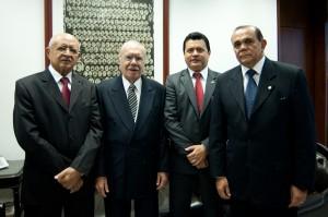Chiquinho articulou o apoio de Sarney para o candidato de Nenzim e Rigo