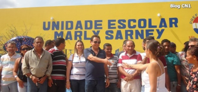 Prefeito Creomar Mesquita inaugurando obras no município