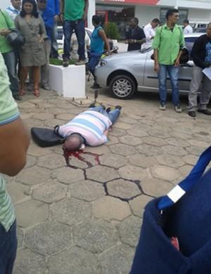 Auclines Costa, o 'Piauí', tombou atingido na cabeça. Foto: Reprodução