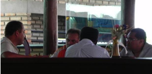 Deputado Waldir Maranhão e Hélio Soares durante almoço