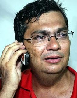 http://www.luiscardoso.com.br/wp-content/uploads/2013/08/flavio-dino-chorando-171210.jpg?d9c81c