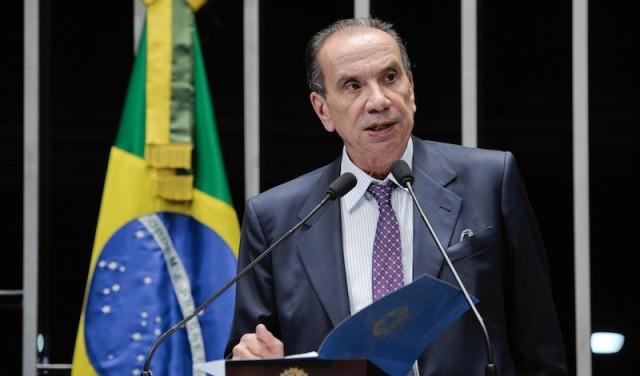 'Ação de Dilma em CPI da Petrobras será apurada', diz Aloysio Nunes (PSDB)