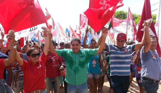 Caminhada em Zé Doca foi acompanhada com alegria pela população