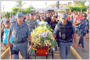 Enterro do soldado Clenildo Souza, PM morto na Feira da Liberdade durante um assalto em setembro deste ano
