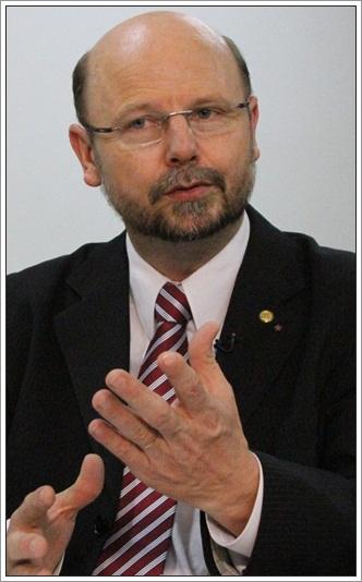 O deputado Elvino Bohn Gass foi denunciou outros escândalos, como diárias frias caixa 2, lavagem de dinheiro