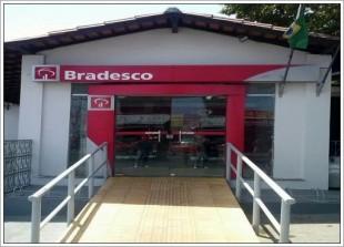 Agência do Bradesco, localizada na Avenida Gonçalves Dias em São José de Ribamar