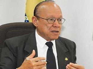 Joao-Alberto-Senador