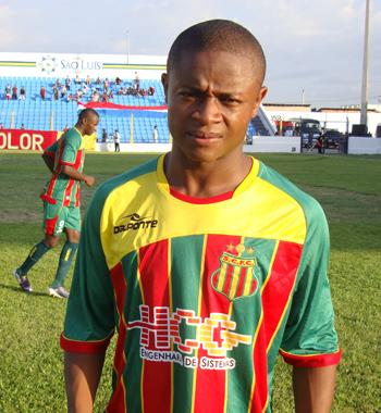 Edgar, jogador do Sampaio Correa