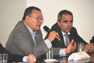Promotores Carlos Augusto Oliveira e Abel Rodrigues representaram o MPMA