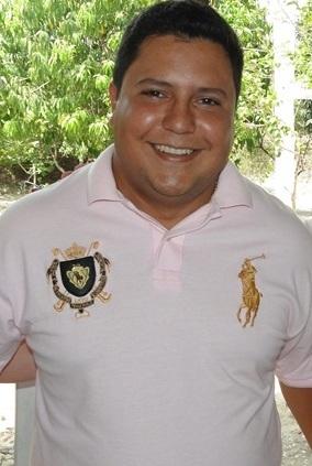 Dr. Maurício Fernandes, prefeito de São Benedito do Rio Preto