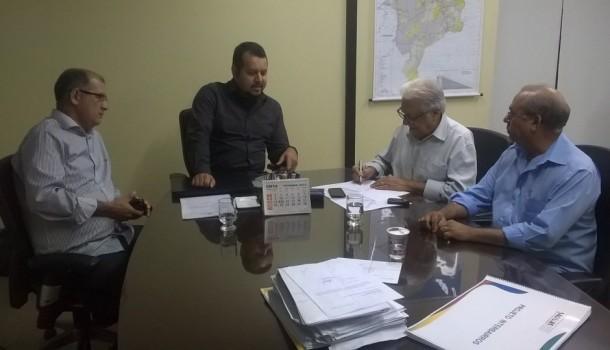 Sálvio Dino articulou audiências entre secretários e prefeito de João Lisboa e apontou destino de verba pública para o município do aliado