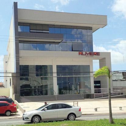 fachada do prédio no Calhau em São Luís