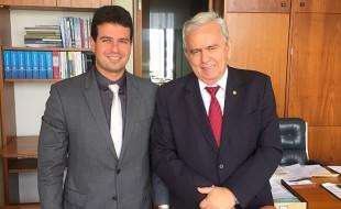 Reunião com Flávio Dino está sendo organizada por Gil Cutrim e Pedro Fernandes.