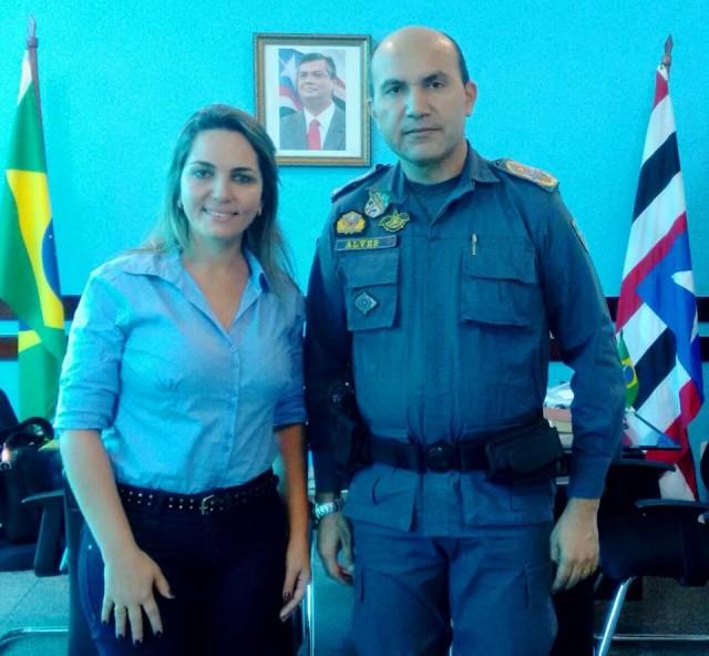 Simone e o Coronel Alves