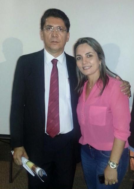 Simone Limeira e o secretário de Segurança Jefferson Portela