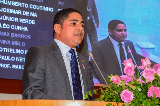 Foto/Legenda: Deputado Zé Inácio destaca as constantes ameaças que os funcionários do Ibama estão sofrendo.