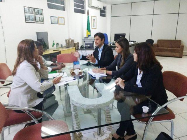 Foto 1_Divulgação_Viva_25072016 - VIVA reúne com representantes do MTE e exige mais agilidade na emissão do CTPS