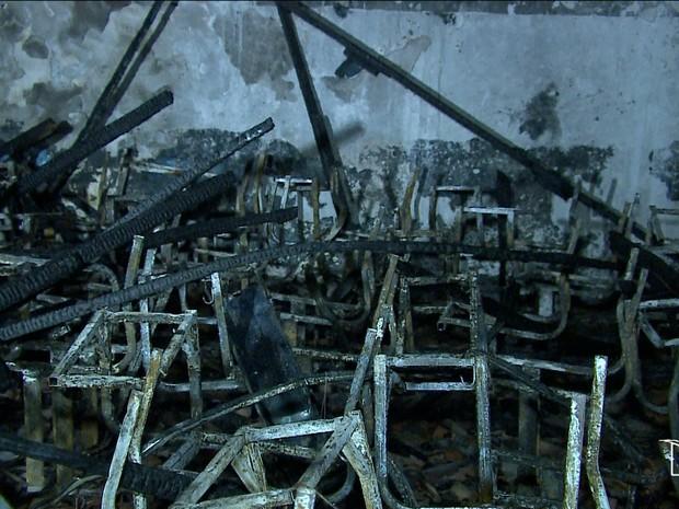 Imagem do G! Maranhão: escola incendiada