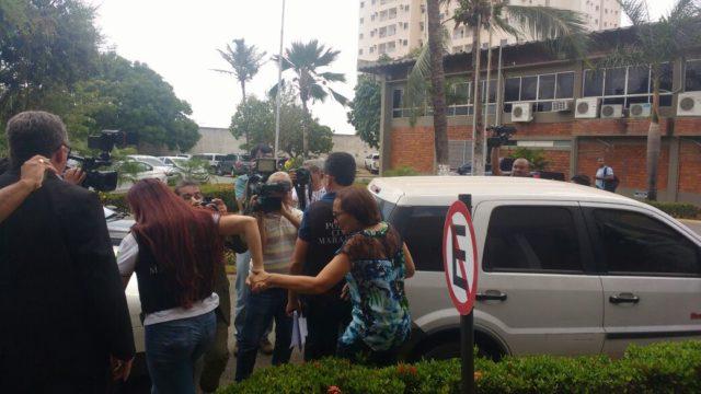 prefeita de Guimarães chegando a SSP