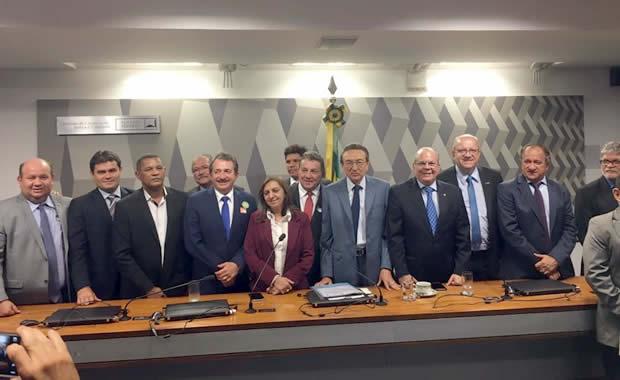 Atendendo pedido da FAMEM, CCJ do Senado aprova proposta de aumento do FPM