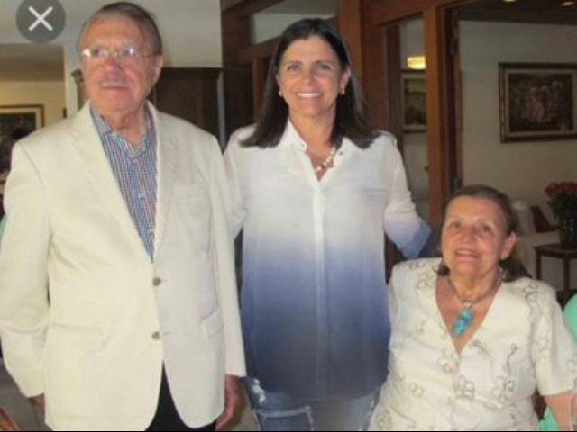 CARTA FORA DO BARALHO - Roseana Sarney desiste de pré-candidatura para governadora.