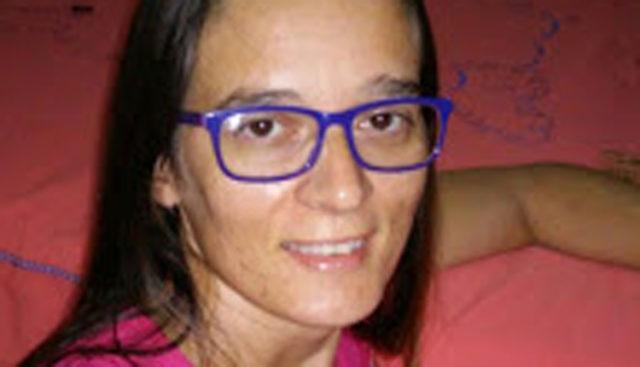 CRUELDADE! Na frente dos filhos, professora é assassinada pelo ex-marido